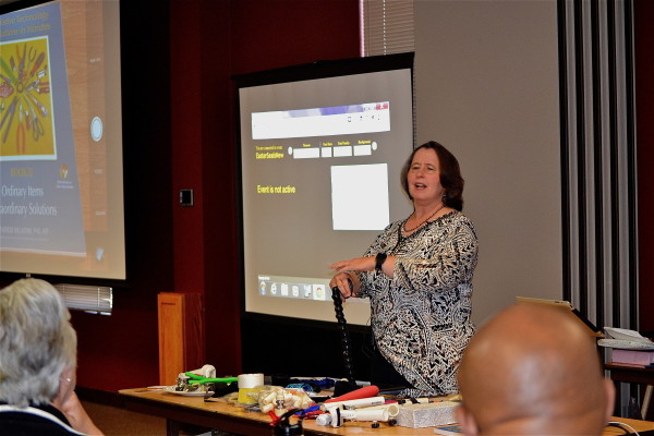 Dr. Willkomm leads training session at INDATA on low-cost AT solutions